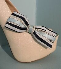2 Handmade Noir /& Taupe Triple Bow Clips Pour Chaussures
