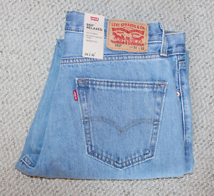 NWT • Levi's 550 RELAXED Men's BLUE JEANS • Light Wash • Tapered • BLEACH