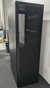 IBM 42RU Server Rack Cabinet 93074RX
