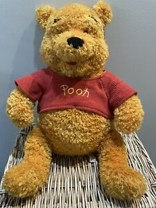 WINNIE THE POOH - Large Plush  16 Inches