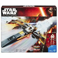 Hasbro Star Wars The Force Awakens: Poe's X-Wing Fighter with Poe Dameron Figure