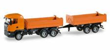 Camions miniatures oranges Herpa