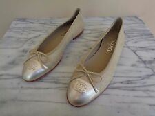 New Chanel Size 39,5 Gold Sparkle Suede & Leather Flats Shoes