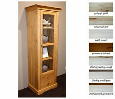 Vitrinen im Landhaus-Stil aus Massivholz fürs Esszimmer