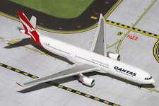 GEMINI JETS (GJQFA1199) QANTAS AIRLINES A330-300 1:400 SCALE DIECAST MODEL
