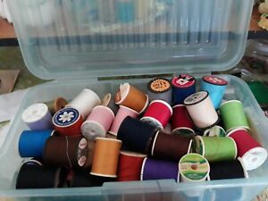 Vintage sewing thread lot