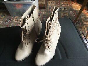 Mustang Look Vintage Homme Graphite chelsea boots UK 8
