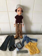 poupée Bratz boy Koby  En Jeans Et Vêtements Étudiant homme bratz Comme neuf Tbe