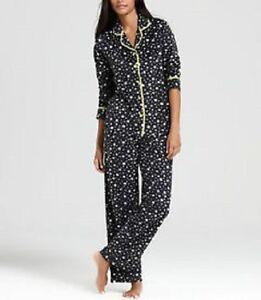 Layla Intimates Sleepwear Sz M Black Ivory Green Star Fleece 2 Piece Pajama Set