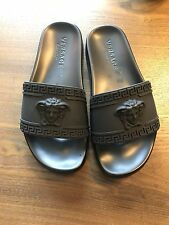 New Versace Palazzo Medusa Logo Beach Flip Flop Open Toe Sandal Men Black 42/8.5