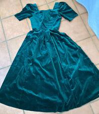 LAURA ASHLEY. VINTAGE DRESS - WONDERFUL GREEN VELVET -1990's -SIZE 8
