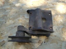 1968 ford 429 air conditioning mounting bracket and pully original C8MF 2882A
