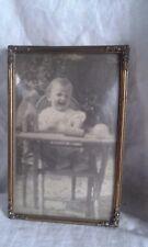 JOLIE Ancien  CADRE PHOTO  a suspendre  en laiton et vitre bombé style louis XVI