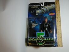 CARDED BABYLON 5 MICHAEL GARIBALDI WITH EARTH ALLIANCE ATMOSPHERIC SHUTTLE