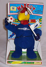 1998 WORLD CUP FRANCE WITH SINGING AND DANCING MASCOT FOOTIX NEW IN BOX