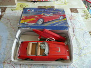 FERRARI 250 GT California Ancien Jouet MONT-BLANC 6114 avec boite avec défauts