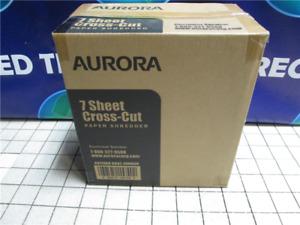 Aurora AU740XA    7 Sheet    Cross Cut Paper Shredder  w/ Basket    Black