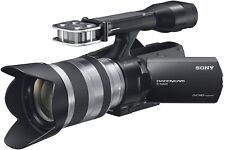 Camescope SONY haute définition Handycam NEX-VG20EH + Objectif SEL 18-200 mm