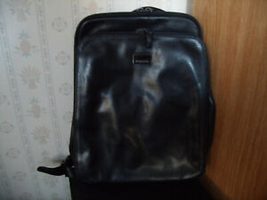 PERLINA BLACK SOFT LEATHER BACKPACK PURSE EXCELLENT