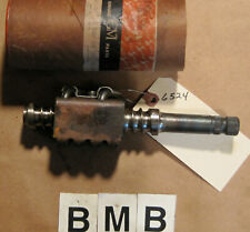 OE 1959 1960 Chevrolet Ball Nut Worm Gear Shaft ~ GM Part # 5673147