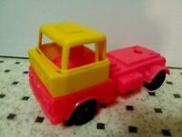 Vintage Estrela Toy Truck Red Yellow