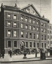 LONDON. Offices of The Times in Queen Victoria Street near a Historic site 1926