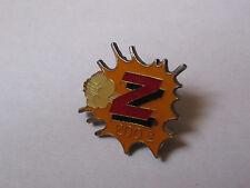 Pin's mode vêtements enfants Z (logo 200e - époxy)
