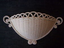 Ornate homco White plastic wall basket/Vintage Retro plastic wall decor basket