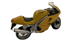 Triumph Maisto Daytona 0551 Yellow Motocycly Triumph E83