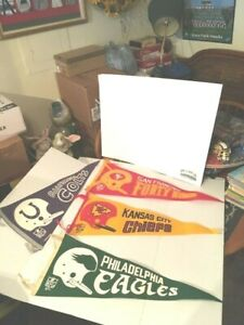 """1967 LOT OF 4 NFL PENNANTS 30"""" X 11-1/2"""" (CHIEFS,49ERS,EAGLES,COLTS) SINGLE BAR"""