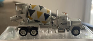 2005 Athearn RTR Conrock Mack R Cement Truck N Scale mint no box