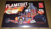 AMT Flameout Show Rod 1/25 scale model car kit new 934
