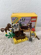LEGO Vintage Pirate 6235 Buried Treasure
