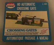 Model Power Automatic Crossing Gate No. 4161 HO Train Accessory With Box
