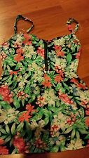 LADIES JEANSWEST TOP SIZE 6 FLORAL