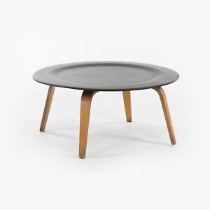 1948 Vintage Eames Evans Herman Miller CTW 2-Tone Round Wood Coffee Table Birch