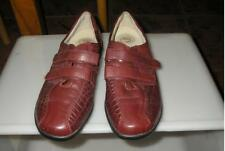 HOMY PED SHOES   MAROON  SIZE8  LEATHER UPPER AND LINING,  2 HOOK AND LOOP STRAP