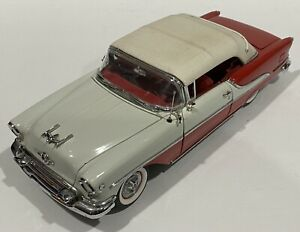 Danbury Mint 1955 Oldsmobile Super Eighty Eight Convertible 1/24 Diecast
