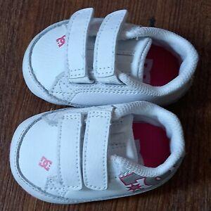 Baby/Infant DC Crib (CB) Soft Bottom Shoes - White - Size 1 EC