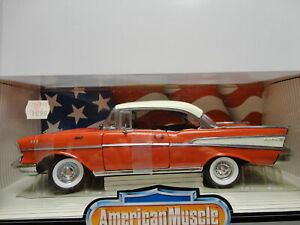 ERTL American Muscle 1957 CHEVY BEL AIR SPORT COUPE Red & White '57 1:18 scale