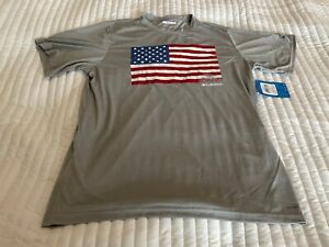 Men's Columbia Heather Gray Flag Print T-Shirt Large New  FREE SHIPPING $35 NEW