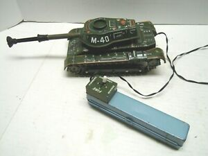 1960 Tin Battery Op. Japan MT Multi-Action M-40 Army Dart Tank . A+. WORKS.RARE