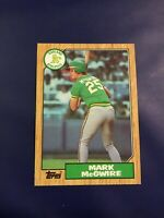 1987 Topps # 366 MARK MCGWIRE ROOKIE RC Oakland Athletics A's Sweet $$ Look !