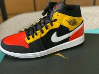 Nike Air Jordan Retro 1 Mid SE Black Amarillo Team Orange 852542-087 Size 9.5US