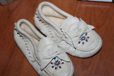 Vintage Leather Baby Infant Moccasins Beaded With Bows Super Cute