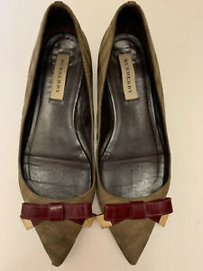 Burberry Bow FlaTs Pointed Shoes Sz 10 (flaws) See Description