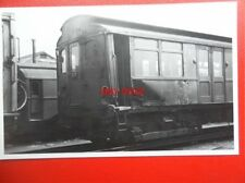 PHOTO  LONDON TRANSPORT UNDERGROUND Q STOCK WITH COLISON DAMAGE AT ACTON 23/6/49