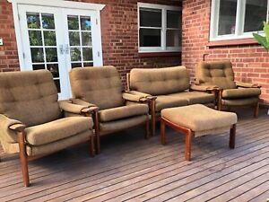 Tessa Vintage T1 - 4 Piece Lounge Setting Chair plus Footstool