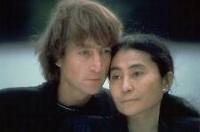 JOHN LENNON & YOKO ONO UNSIGNED PHOTO - 5714 - THE BEATLES