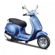 Vespa Primavera 150 Blue, Maisto Roller Model 1:12